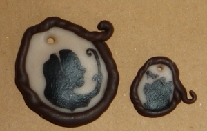 And last but not least Alice and Winnie-the-Pooh on pendants